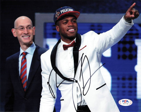 Buddy Hield Signed 8x10 photo PSA/DNA Sacramento Kings Autographed Pelicans