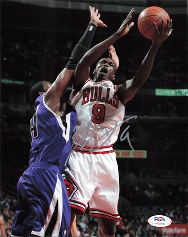 Luol Deng Signed 8x10 Photo PSA/DNA Chicago Bulls Autographed