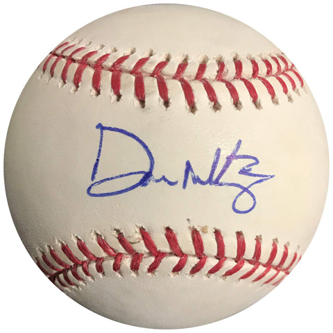 Don Mattingly signed baseball BAS Beckett New York Yankees autographed