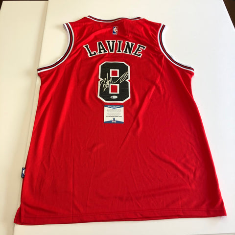 Zach Lavine signed jersey BAS Beckett Chicago Bulls Autographed