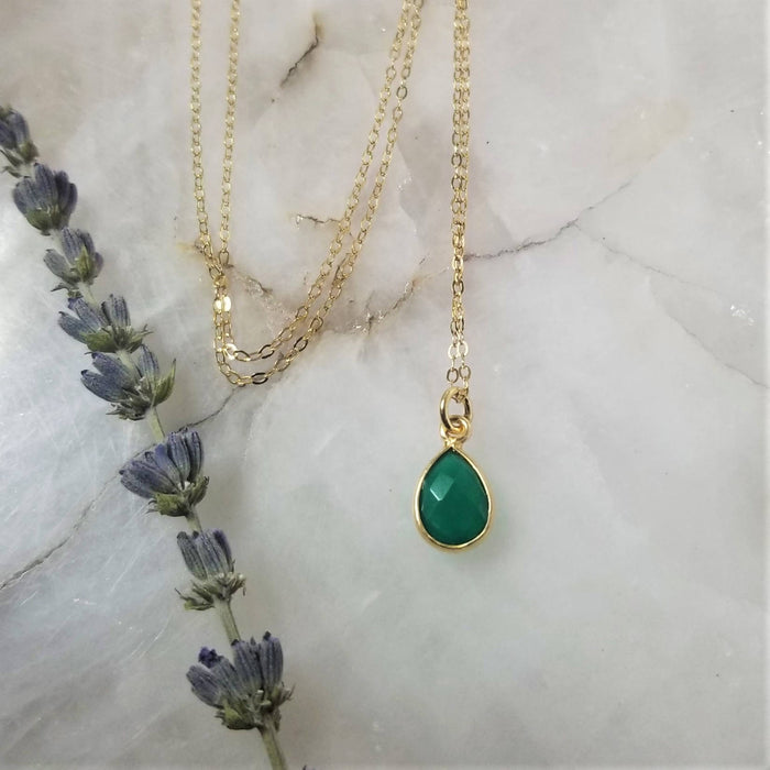 Green Onyx Tear Drop Necklace - Gold