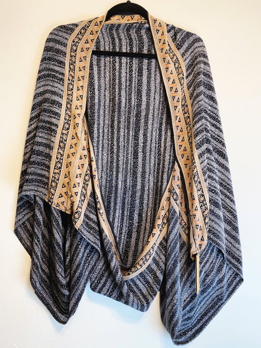 Everette Pure Silk Shrug - Shop HamOnt