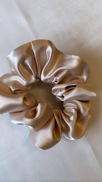 Champagne Silk Satin Scrunchie - Shop HamOnt