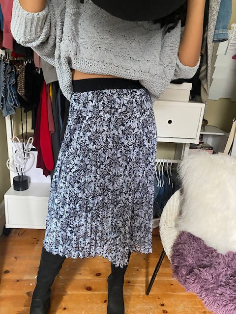 Flower Mid Skirt - Shop HamOnt