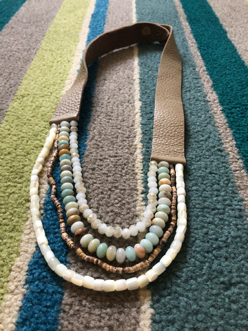 Leather and beads necklace