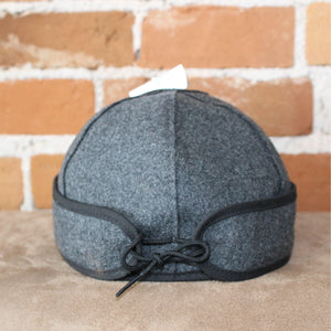 Brimless Cap In Charcoal-Atomic 79
