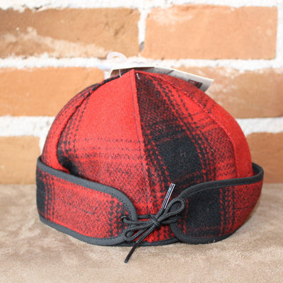 Brimless Cap In Red And Black Plaid-Atomic 79