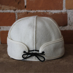 Brimless Cap In White-Atomic 79