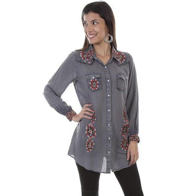 Ladies Western Yoke And Nailhead Blouse in Charcoal-Atomic 79