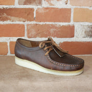 Wallabee Lace-Up Shoe W/Signature Crepe Sole In Beeswax Leather-Atomic 79