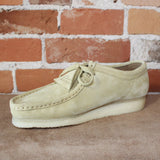 Wallabee Lace-Up Shoe W/Signature Crepe Sole In Maple Suede-Atomic 79
