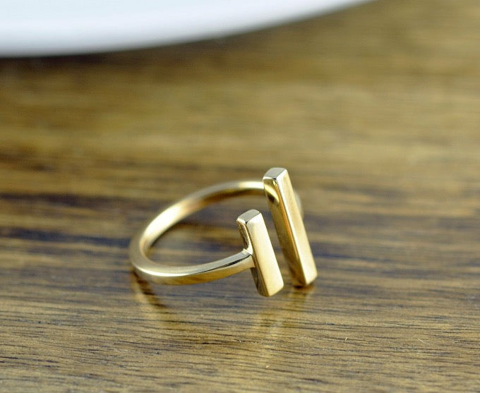 Bronze gold modern minimal open space adjustable ring