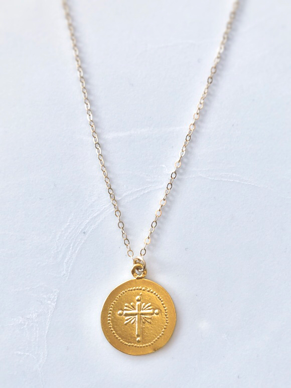 coin replica necklace in gold filled