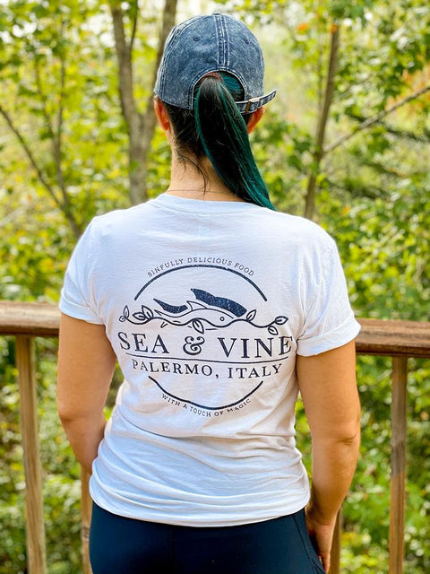 Sea & Vine Restaurant Pocket Tee - Short Sleeve