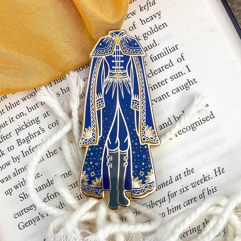 Sun Summoner's Robes Novel Threads Enamel Pin - A Grade - Enamel Pin
