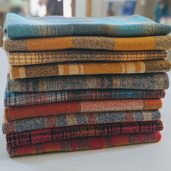 Mammoth Flannel Bundle, Yellow Color Story