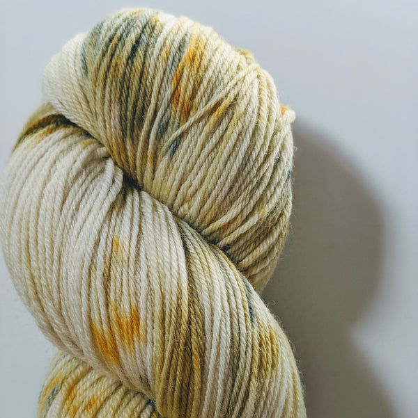 4 ply Fingering Weight : Kat-ctus