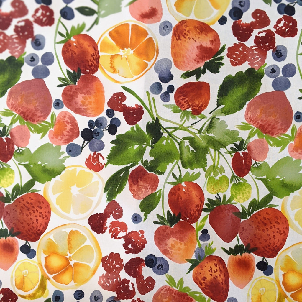Matte Laminated Fabric: Berry Jam