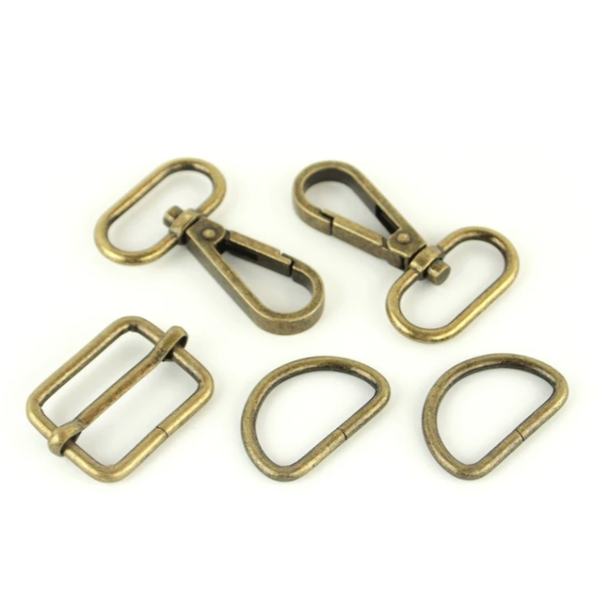 Basic Hardware Set 1 1/2 Inch