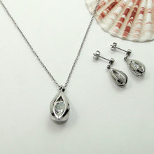 Load image into Gallery viewer, Lantern Pendant Necklace Set - My eTech