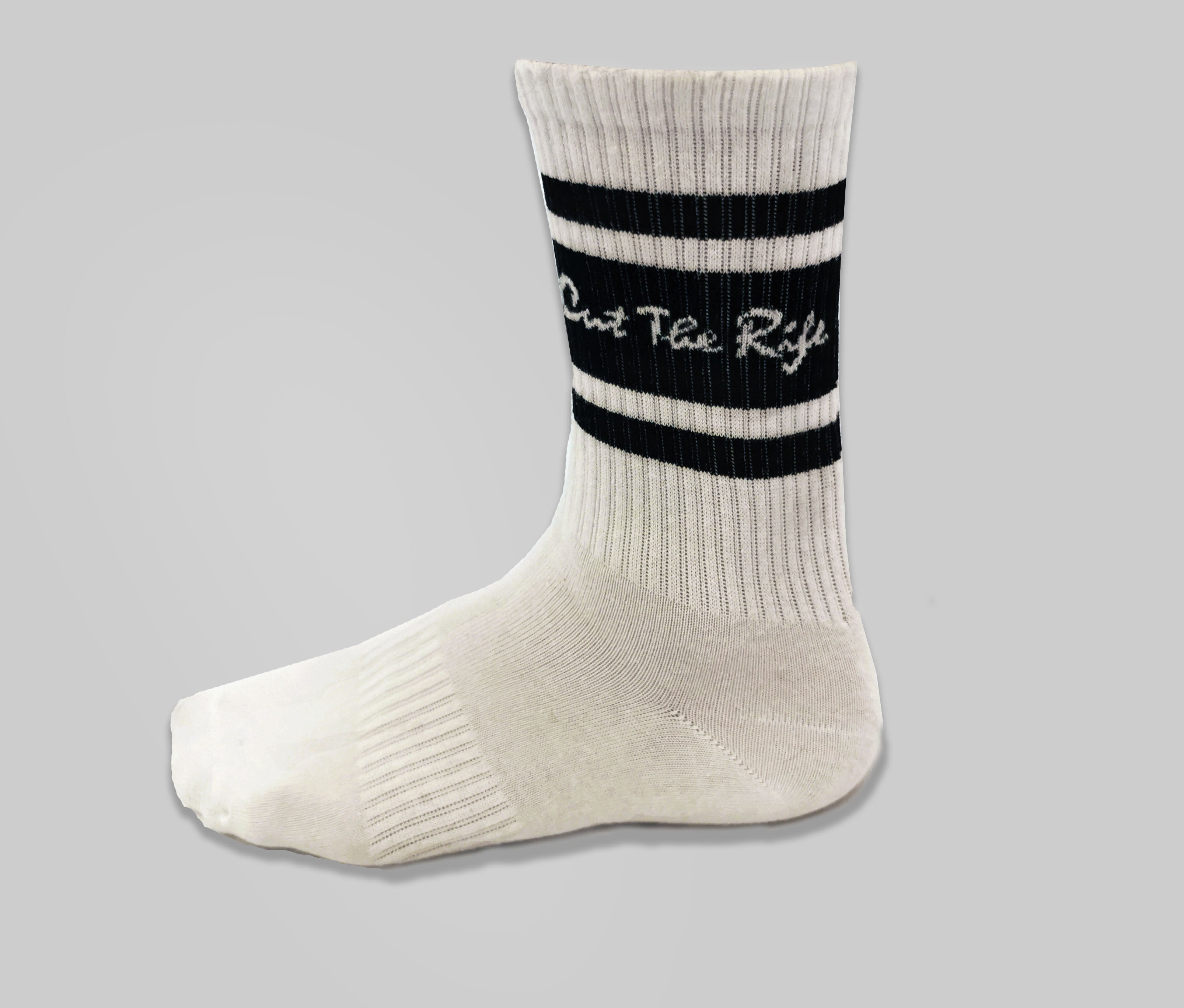 cut the rife skateboard crew sports sock, white and black