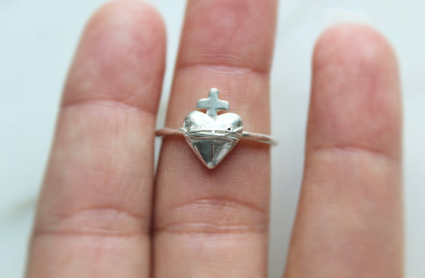 Sacred Heart Ring *925 Sterling Silver*