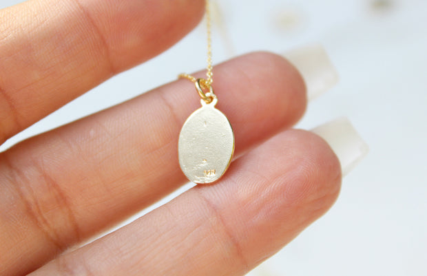 Mary  Oval 14k Gold