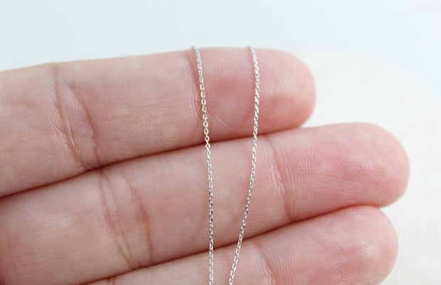 14k White Gold Dainty Necklace