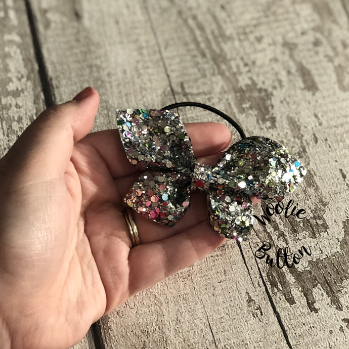 Double Glitter Pinch Bow (Multiple colours)