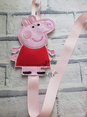 Pink Pig Bobble and Headband Holder