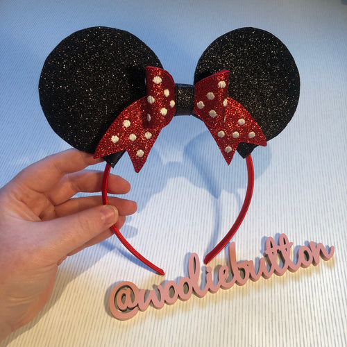 Classic Minnie Mouse ear sliders
