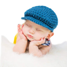 Load image into Gallery viewer, Crochet Baby Hat