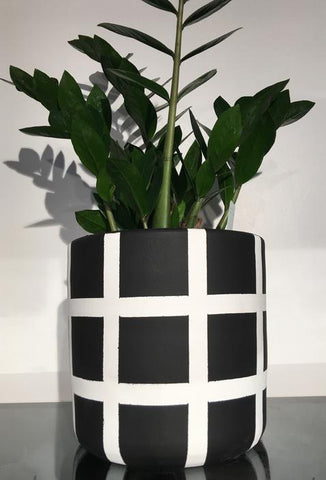Plant Pot - Stripe Black and White