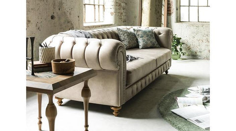 Mary Chesterfield Sofa