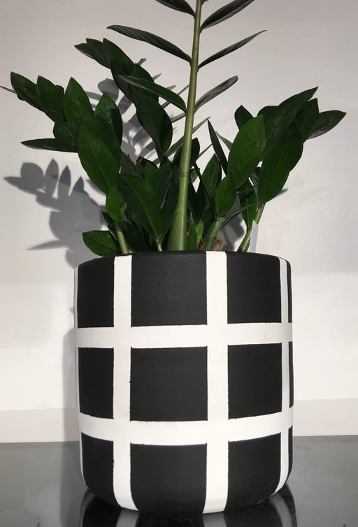 Atmacha - Home and Living Accessories Plant Pot - Stripe Black and White