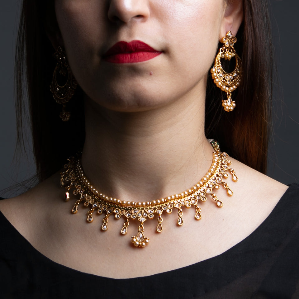 Formal Square Kundan Set with Pearls