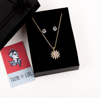 Premium Pendant Necklace & Ear Studs Set (Flower)