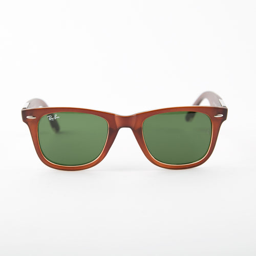 Eye-Conic Wayfarer Sunglasses With Protective Case
