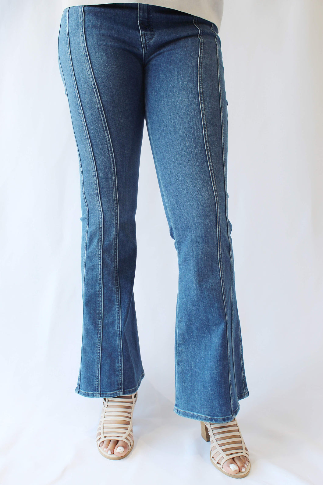 Janet High Rise Flare Jean