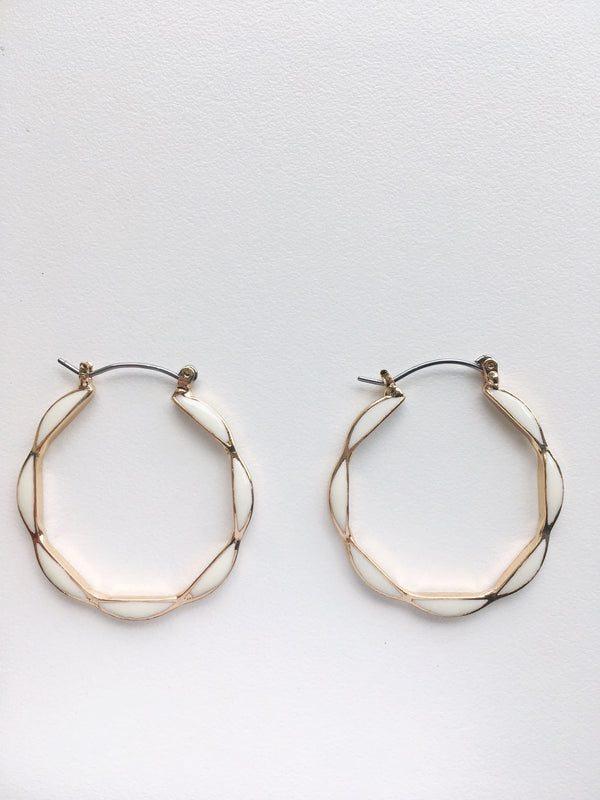Cream Scalloped Hoops