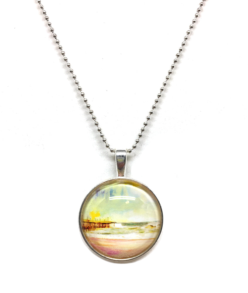 Avalon Day - Small Round Necklace