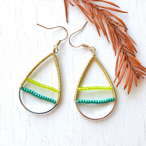 Beach Walk - Wire and Beads Earrings