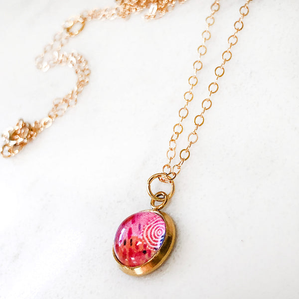 Dainty Necklace - Magenta Abstract