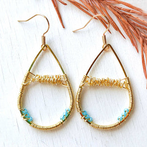 Sand and Ocean - Wire and Beads Earrings
