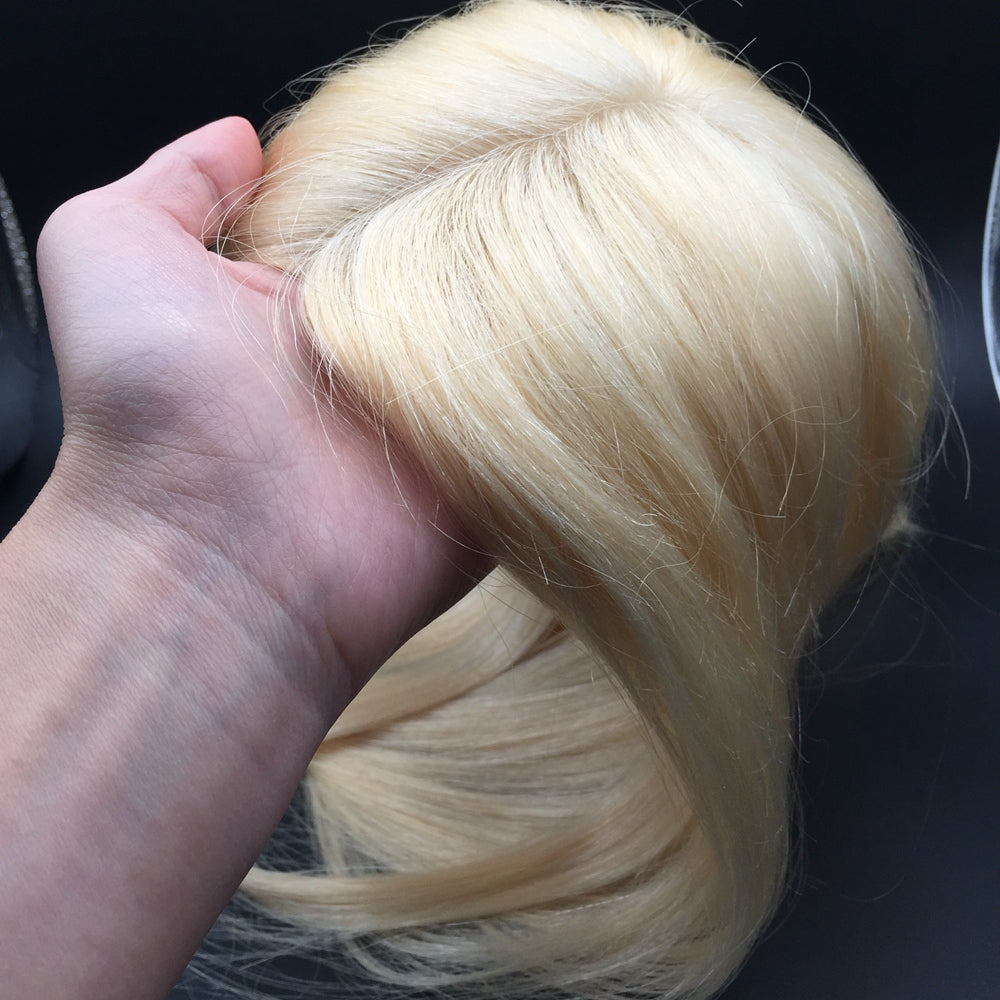 Blonde-Wigs-For-Older-Women