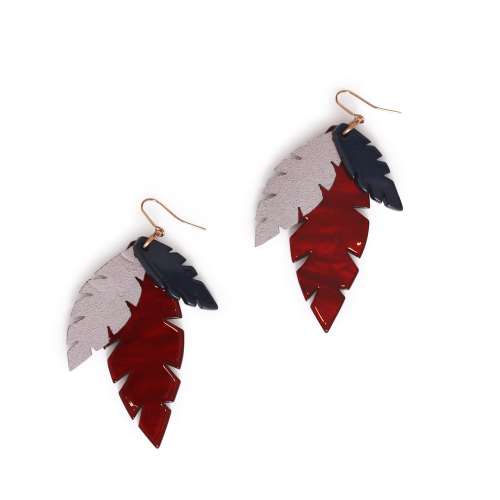 THE JUNGLE LEAF EARRING
