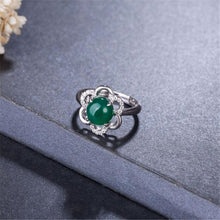Vintage Flower Ring in Sterling Silver with Natural Big Jade Stone - Gem & Etc