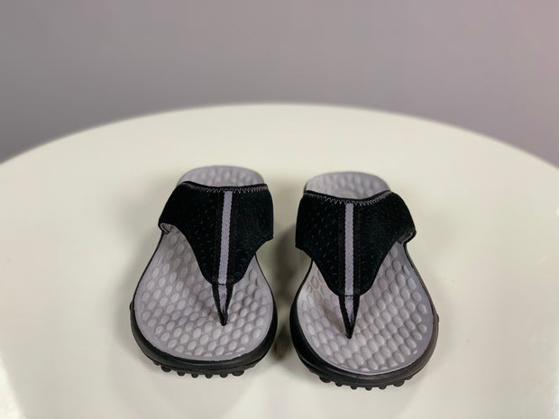 SHOES {Clarks Privo} Black Suede Felt Flip Flops (COMFORTABLE)