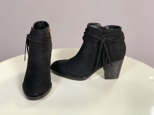 SHOES {BAMBOO} Multi-Strand Tassel Black Booties with Heel