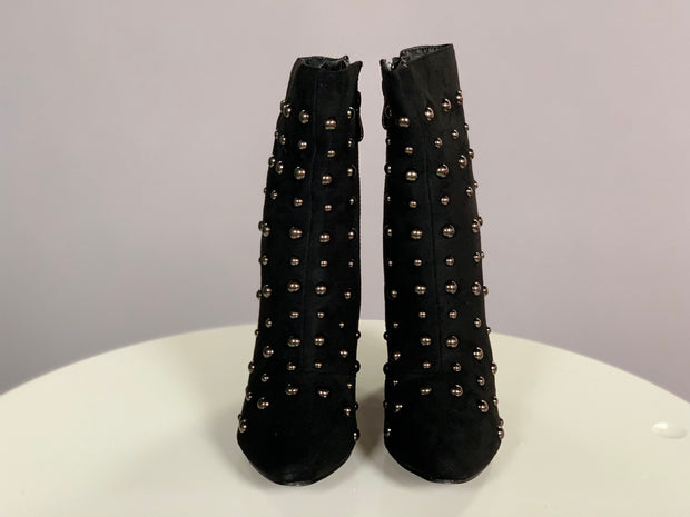 SHOES {Cape Robin} Black Booties With Silver Studs Shoes